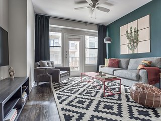 Modern 1BR in South Congress by WanderJaunt