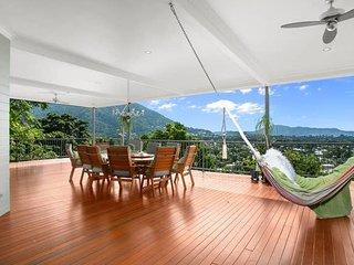Amongst the Treetops - Six Bedroom Luxury House
