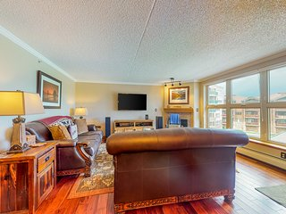 NEW LISTING! Lake-view condo, central to skiing- walk/bus/bike to anything!