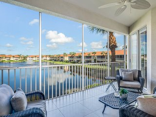 Bright and open luxury condo w/ shared pool and access to resort amenities!