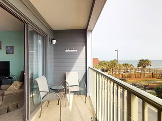 NEW LISTING! Oceanfront condo w/ spectacular views, shared pool, & sports courts