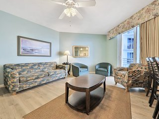 Two deluxe spacious condos with ocean views, shared pools, lazy river, & more!