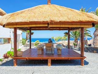 Villa Palacio & Yurt, private location, 2 x private pools, near sandy beach