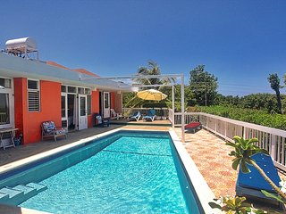 Free Cook/Housekeeper, Pool, 500m to Beach, 4 Beds, 3 Bdrms, (HTV236)