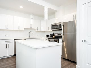 2 Bedroom Suite In Trendy Winnipeg Area With Private Entrance