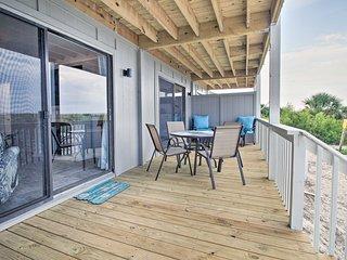 NEW! Oceanfront Resort Condo w/ Beach+Pool Access!