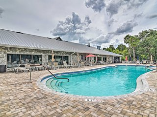 NEW! Lakefront Auburndale Home w/ Resort Amenities