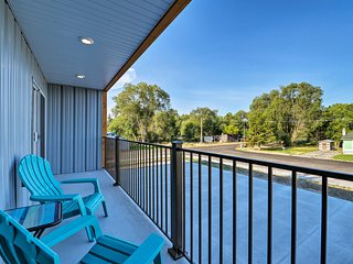 NEW! Pet-friendly Apartment - 9mi to Egin Lakes!