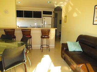 Cód 036 Praia Di Capri Residencial - Apartamento para até 07 pessoas bem localiz