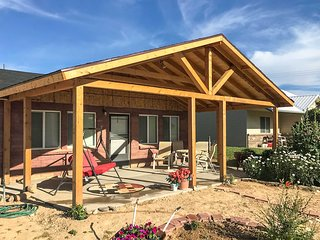 Tropic Family House - 10 Miles to Bryce Canyon!