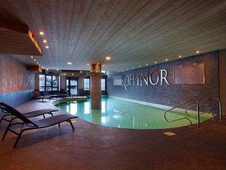 Appartement moderne et sympa 'skis aux pieds' | Acces piscine + sauna