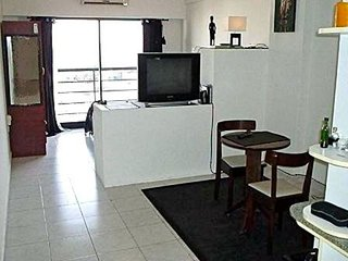 A102 Modern Spacious Apart. with Balcony in the Heart of Barrio Palermo Hollywoo