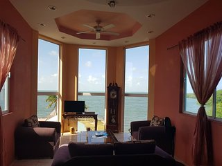 See Belize Sea View PANORAMIC 2-Bedroom Penthouse