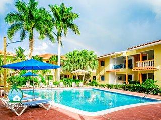 Beach +Pool Condo Vacation ii ONE WEEK ii