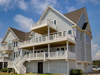 Island Drive 4180 | New Construction 2016 | Direct Oceanfront | Community Pool |
