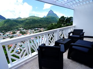 Piton Cave Apt At Sugarmon Villas