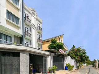 PVL service apartment near Thảo Diền-Modern Studio bacony-101