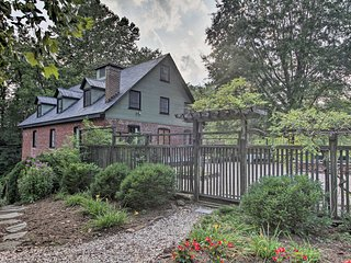 Rustic Home at Warren Mill, Near UVA Games!