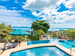 Plumeria Superior 4 Bedroom Bay View Apartment with Private Plunge pool and shar