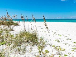 Bradenton Beach Club - Runaway Bay 250