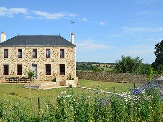 Gîte Puy du Fou à 12 min 9 pers -Gîte familial au calme de la campagne en Vendée