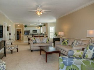 NEWLY FURNISHED! Premiere Condo w/ Lake View!
