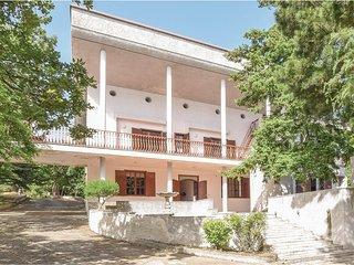Villa Iris (IKK462)