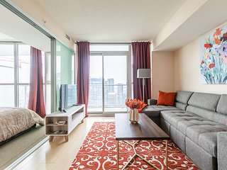 Simply Comfort. Amazing Downtown 1 Bedroom with Balcony