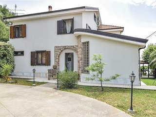 Stunning home in Gizzeria CZ w/ 5 Bedrooms (IKK461)