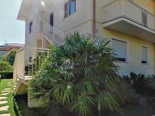 Nice apartment in Amantea w/ WiFi and 4 Bedrooms (IKK472)
