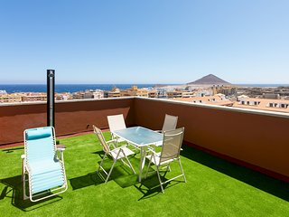 HomeLike Duplex El Medano Pool & Terrace