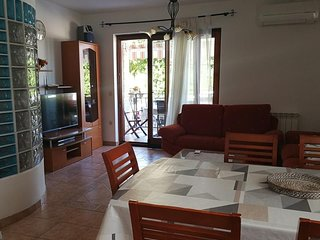 Stancija Valkanela Apartment Sleeps 6 with Air Con and WiFi - 5811145