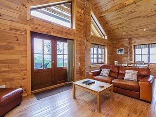 76365 Log Cabin situated in Glenclova