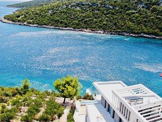 Beachfront Villa Eleganza with Pool