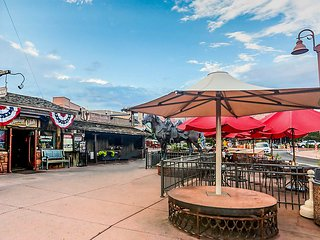 NEW-Uptown Sedona Townhome w/Outdoor Entertainment