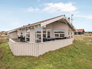 Awesome home in Thisted w/ Sauna, WiFi and 3 Bedrooms