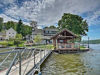 Luxury Lakefront House w/Dock in the Ozarks!