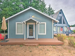 Whidbey Island Cottage - 3 Mi to Whale Watch!