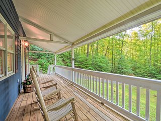 NEW-Hayesville Cabin, 15Min to Dwtn & Lake Chatuge