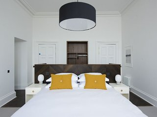 Lews (Superior Bedroom) - Simple but stylish, superior bedroom only accommodatio