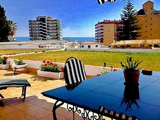 Sun-Drenched apartment with Sea View, Huge Patio and brand new AC and Heating.