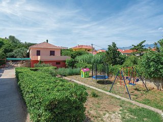 Stunning home in Razanac w/ WiFi and 2 Bedrooms