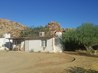 1 bedroom guest house on a historic guest ranch