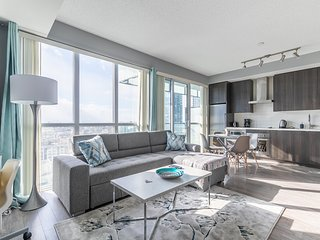 Simply Comfort. Design 26 Floor Downtown Apartment