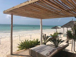 Neema Barefoot Beach Villa,Stellar stay in unique beachfront seclusion