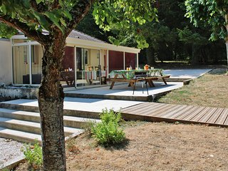 LA BASSERIE 10 personnes piscine privée calme