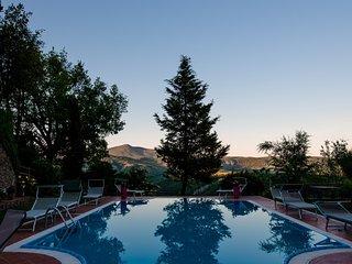 Celle sul Rigo Villa Sleeps 24 with Pool and WiFi - 5762454