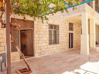 Villa Mira · Villa Mira Apartment - Amman, Jordan Downtown