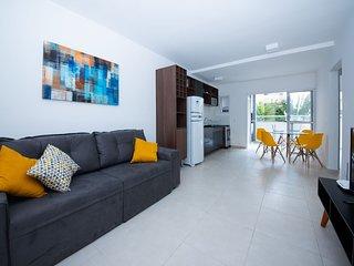 Varanda gourmet, wifi e piscinas Apartamento 2 quartos - Ubatuba