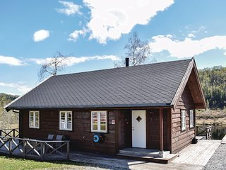 Nice home in Norheimsund w/ WiFi and 4 Bedrooms